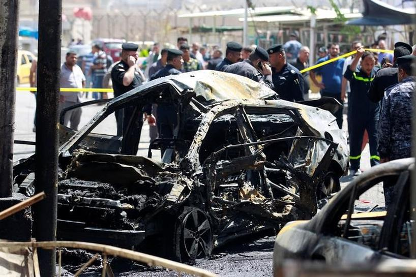 Car bombs kill 23 in central Baghdad, hit Ramadan crowds