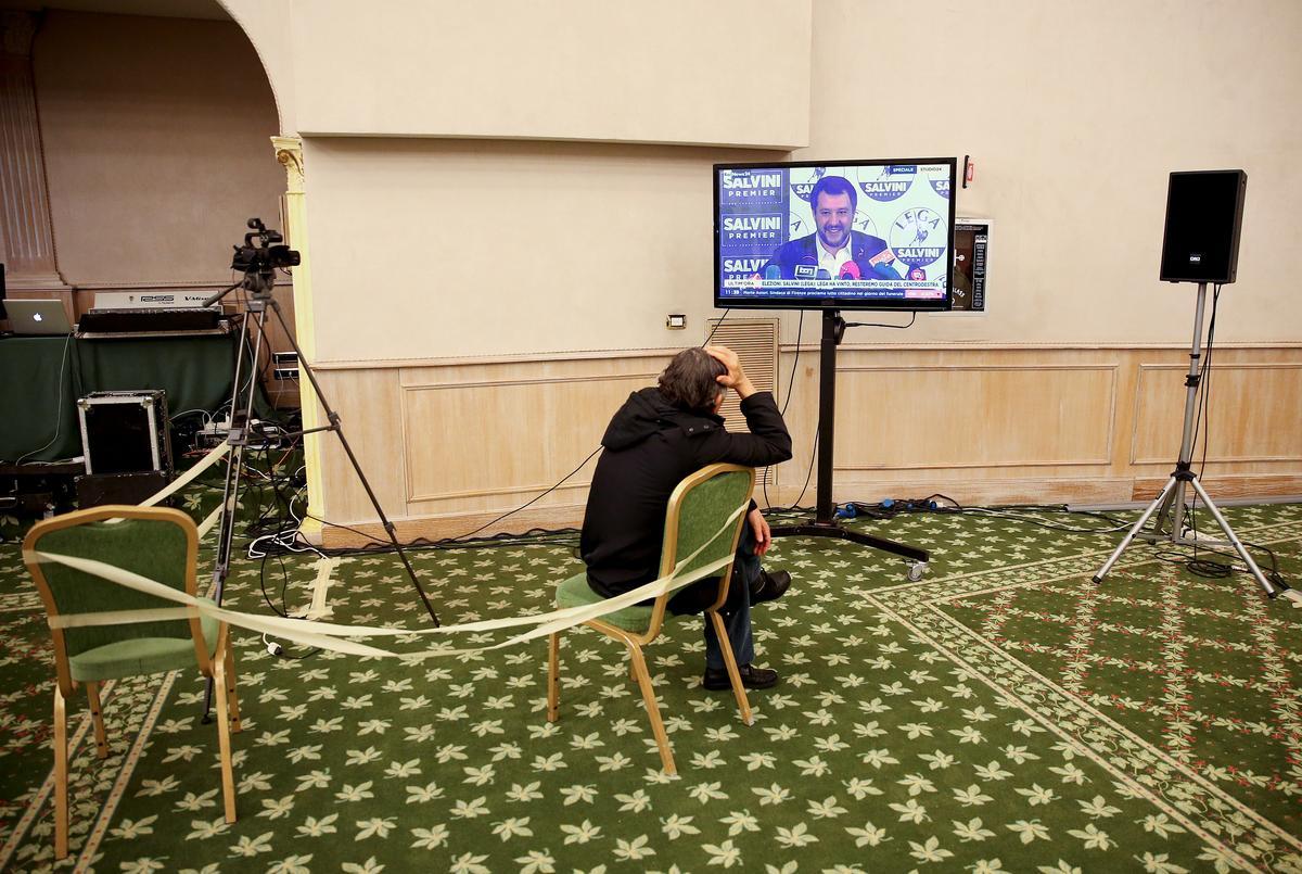 Scenarios: Italy's inconclusive vote opens way for 5-Star, far right