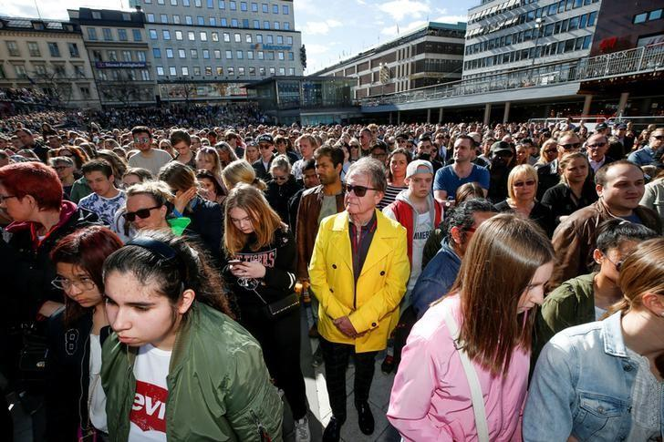 Hundreds of fans of Avicii gather to honour him at Sergels Torg in central Stockholm, Sweden April 21, 2018. Fredrik Persson/TT News Agency/via