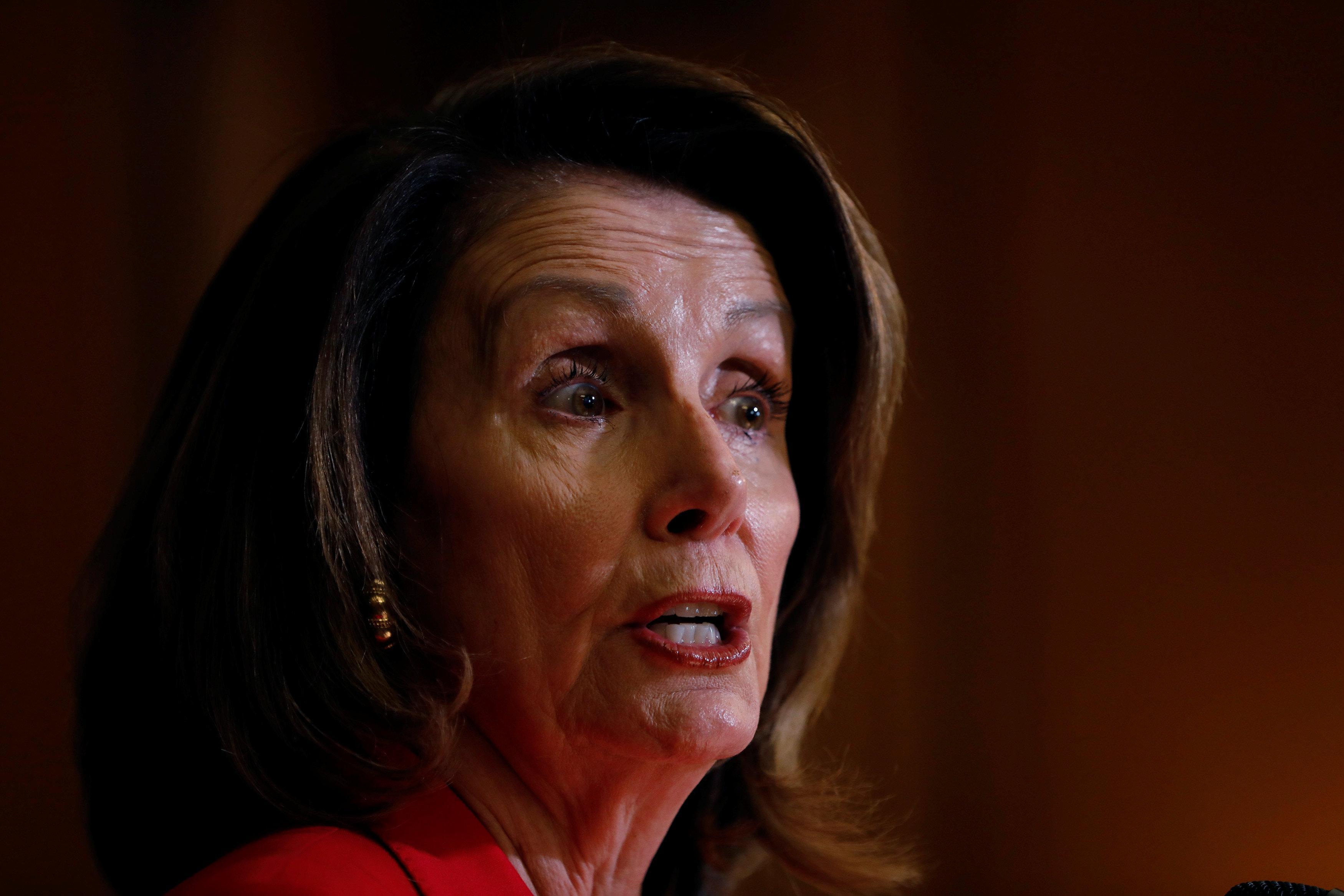 众议院民主党领袖表示众议院民主党将继续对俄罗斯进行调查
