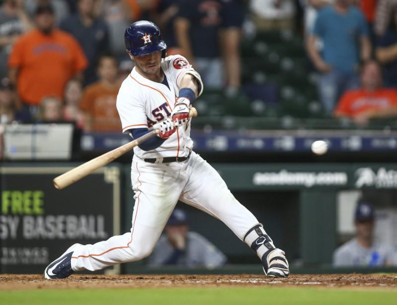 Major League Baseball roundup: Astros walk off in 9th for 12th straight win