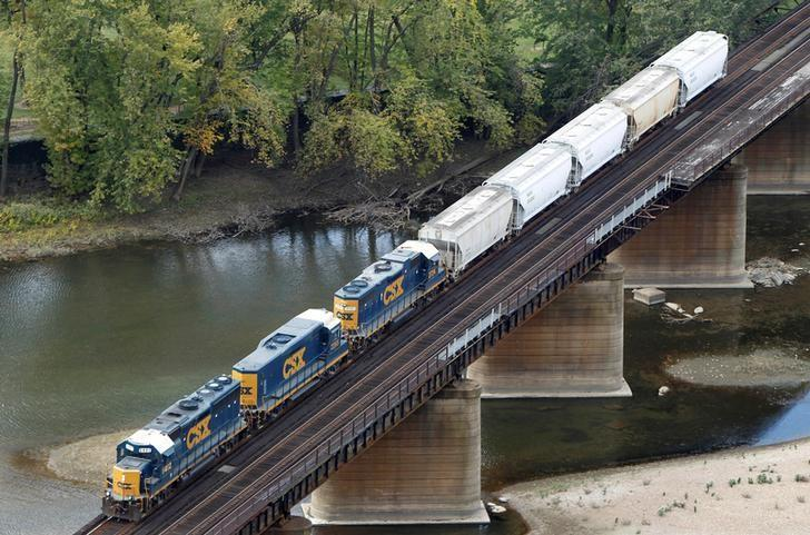 CSX profit tops Wall St target on cost cuts, pricing power | Reuters