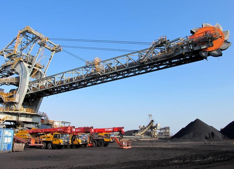 A rail-mounted stacker reclaimer which transfers coal is seen at Richards Bay Coal Terminal, Richards Bay harbour, South Africa, June 21, 2018. Tanisha Heiberg