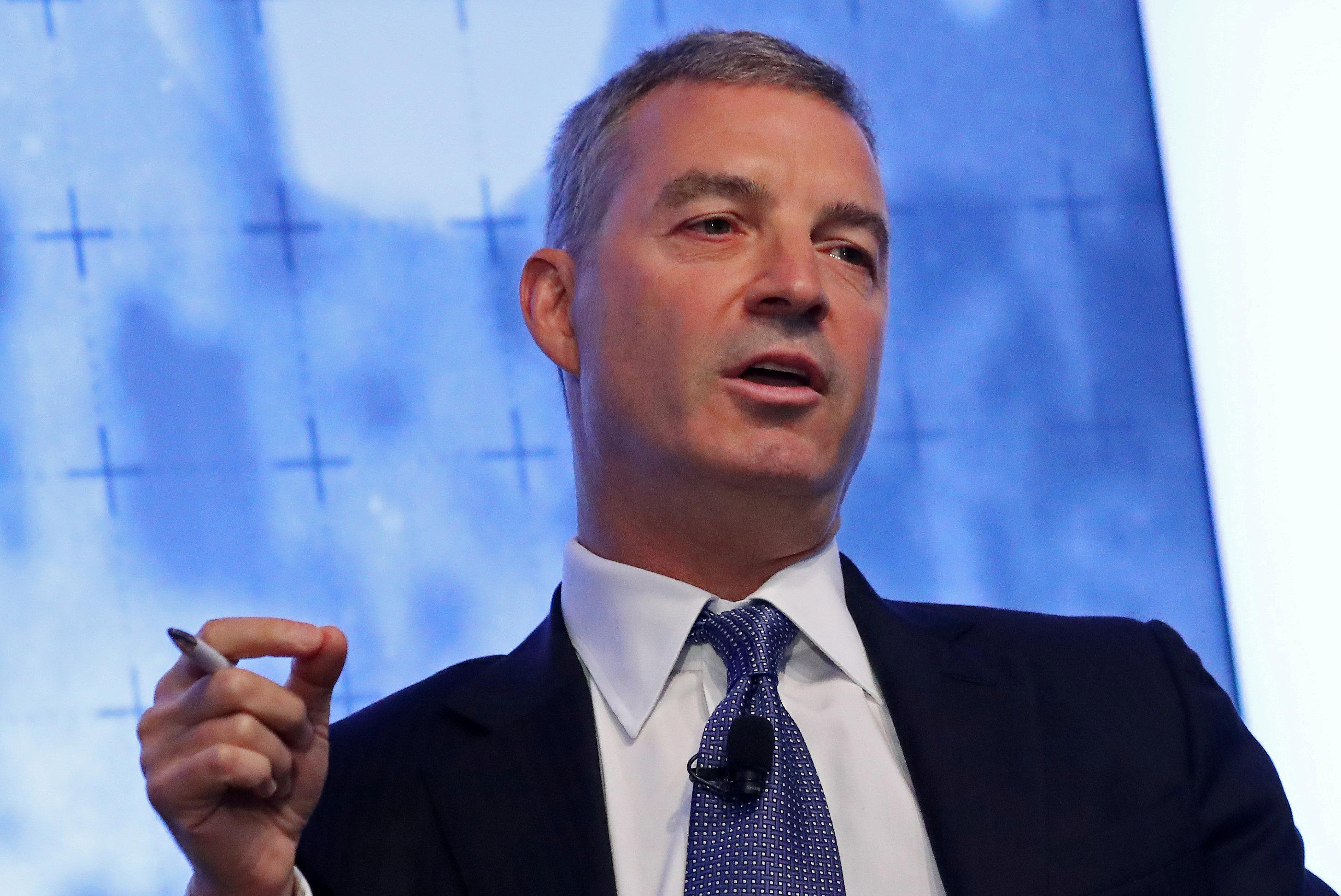 Hedge fund manager Daniel Loeb speaks during a Reuters Newsmaker event in Manhattan, New York, U.S., September 21, 2016. Andrew Kelly