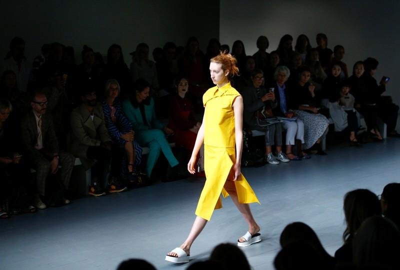 London goes fur-free as kicks off its leg of fashion week shows