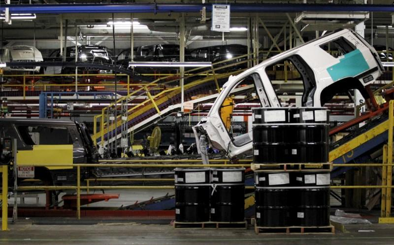 U.S. auto sector output boosts industrial production
