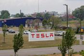 เทสลาปรับลดราคาในประเทศจีนหลังจากลดอัตราภาษีสำหรับรถยนต์ที่ผลิตในสหรัฐอเมริกา