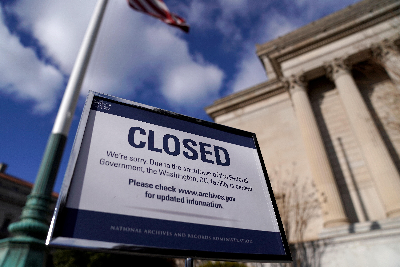 事实:美国政府部分关闭导致部门受到打击
