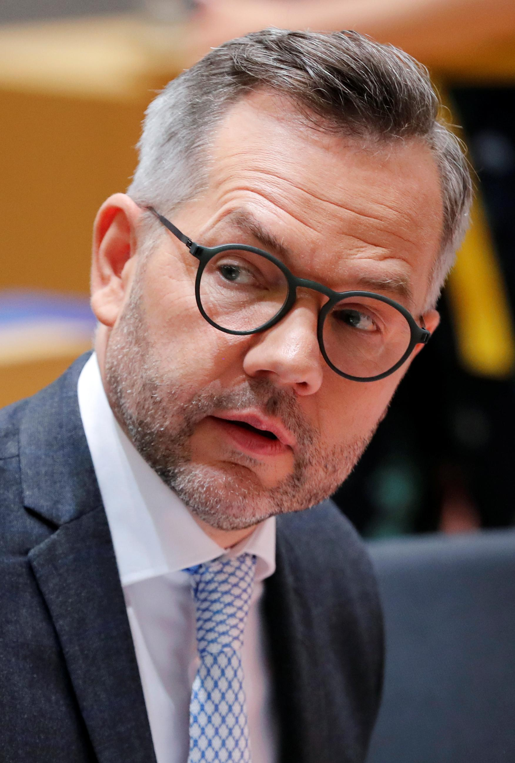 'Tell us what you want,' German minister says to Britain