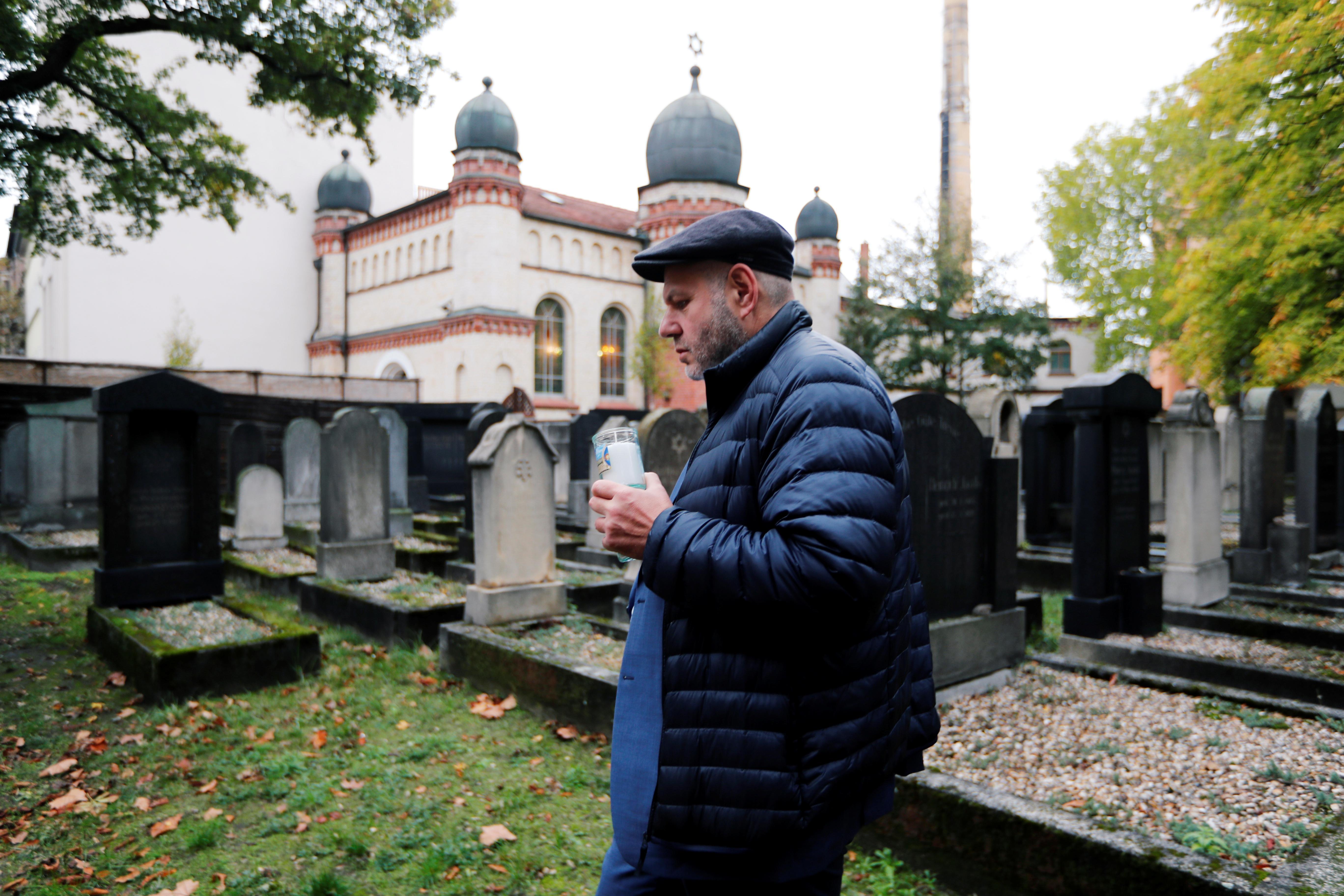 Jewish leader says German synagogue attacked by gunman inadequately protected