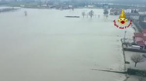 Heavy rain triggers floodings in Northern Italy