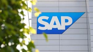 Bullish SAP gains ground on rivals with cloud expansion