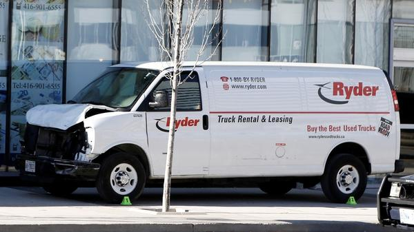 Toronto van attack suspect left 'cryptic message'