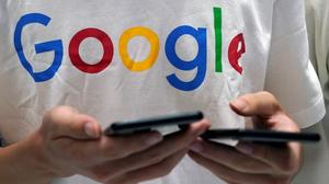 Google workers protest China plan secrecy