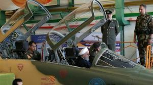 Eyeing U.S., Iran unveils new fighter jet