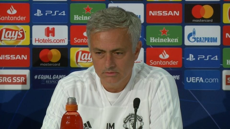 Mourinho uses Federer as inspiration to win on any surface