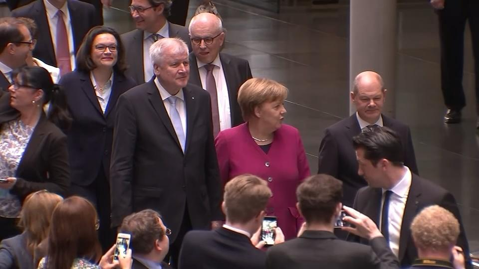 Germany's coalition slides further into crisis mode