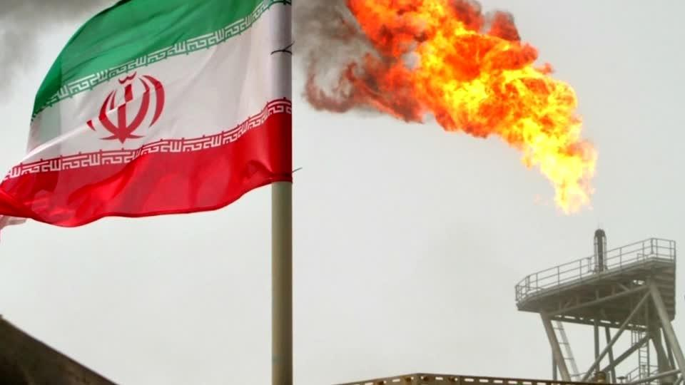 U.S. snaps back Iran sanctions