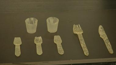 Potato-based edible bags and cutlery made by Swede