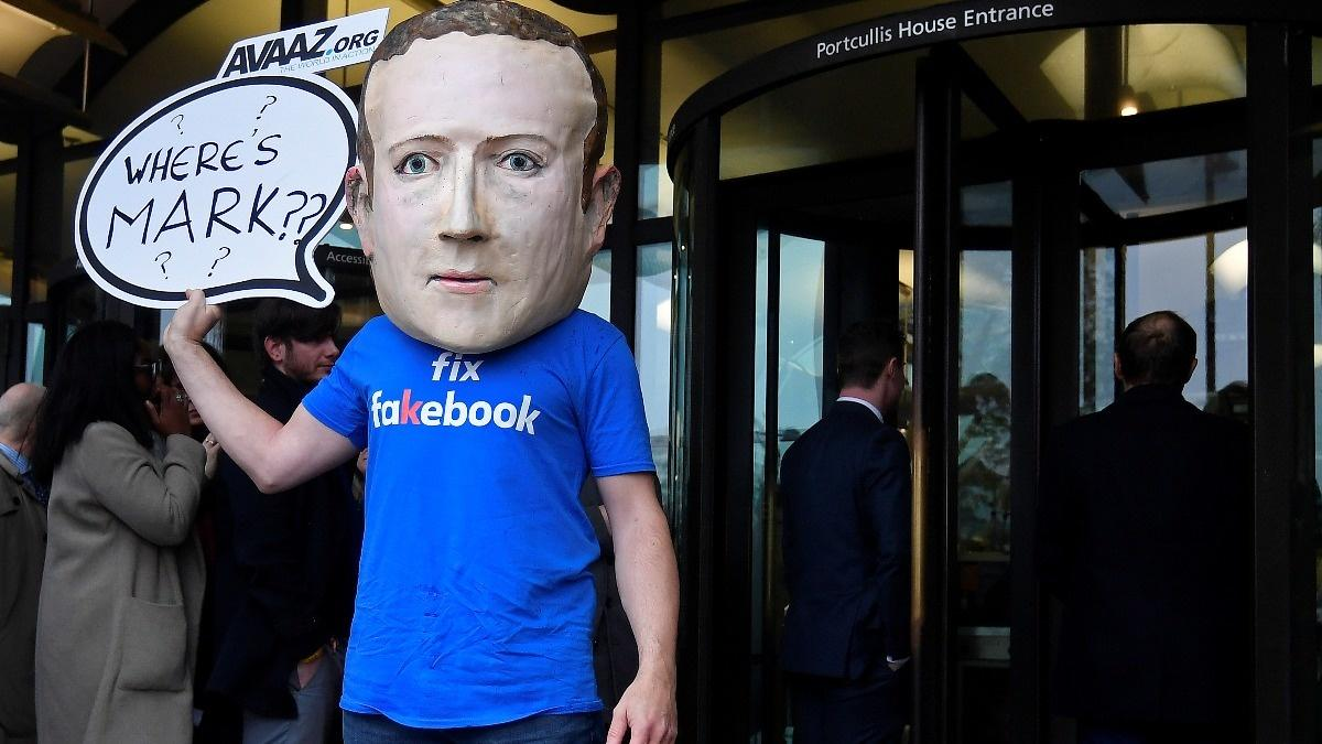 Facebook gets dumped by socially-conscious funds