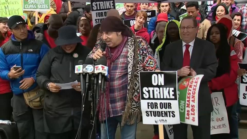 """""""Little Steven"""" Van Zandt comes out for teacher strike"""