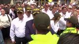 آلاف يخرجون في مسيرة ضد العنف في كولومبيا بعد هجوم بسيارة ملغومة