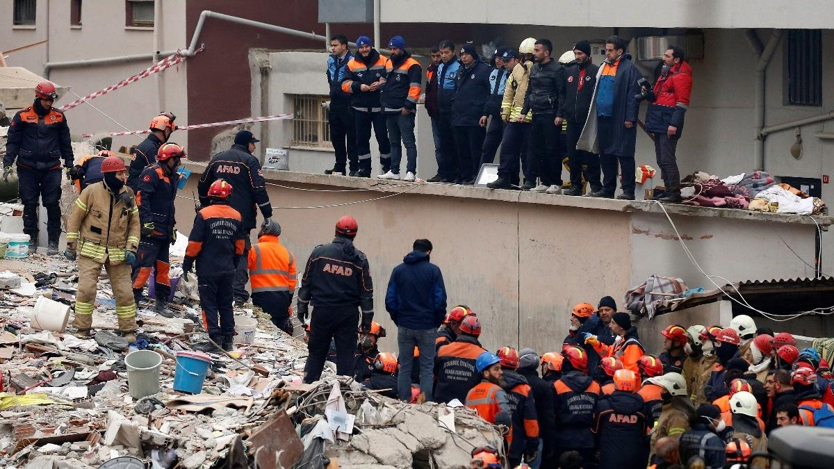 Building collapse highlight safety risks in Turkey | Reuters com