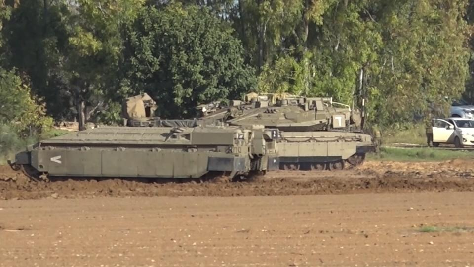 Israel ramps up border security amid Gaza clashes