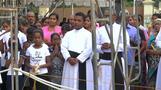スリランカ爆破事件から1カ月 追悼式に関係者らが参列(字幕・21日)