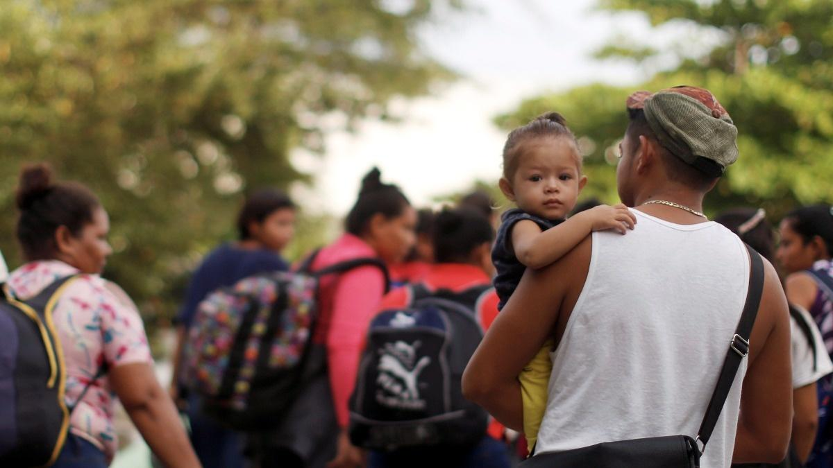 Migrants rush to enter Mexico ahead of crackdown