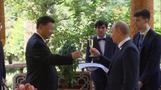中国の習主席、66歳の誕生日をプーチン大統領がアイスでお祝い(字幕・16日)