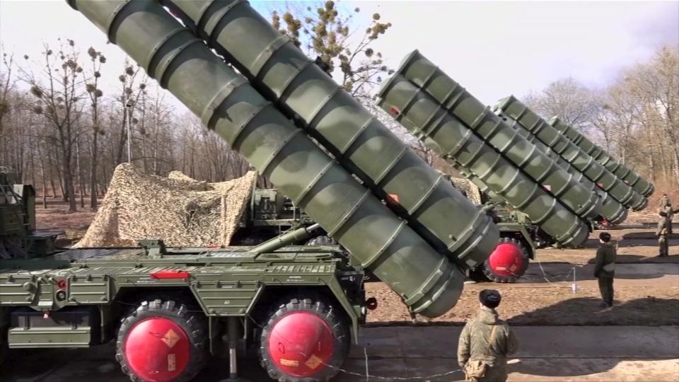 S-400s arrive in Turkey as it braces for U.S. sanctions