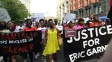 احتجاجات في شوارع نيويورك لعدم اتهام شرطي بقتل رجل أسود