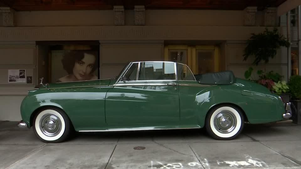 Elizabeth Taylor's 1961 Rolls-Royce hits the auction block