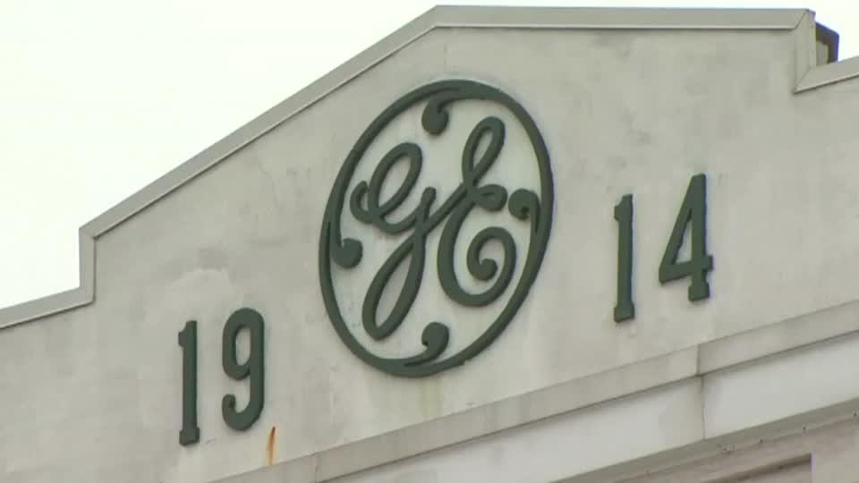 Madoff whistleblower targets GE