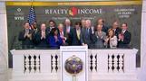 Stimulus hopes lift Wall Street