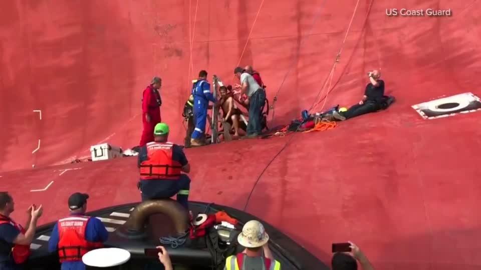 U.S. rescues last crew member from stricken S. Korean ship