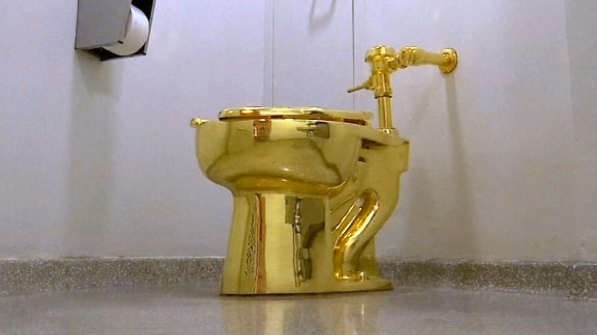 Golden throne: $5 million toilet stolen in the UK