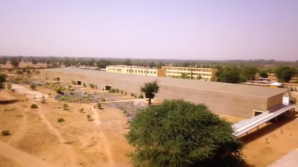 Sustainable Senegalese university wins architecture award