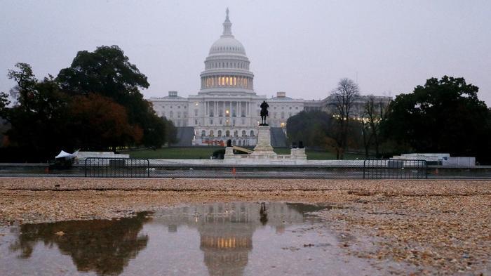 美国国会民主党推进弹劾调查 向国防部和白宫预算办公室发传票