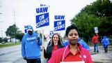 GM appeals directly to employees, riling UAW