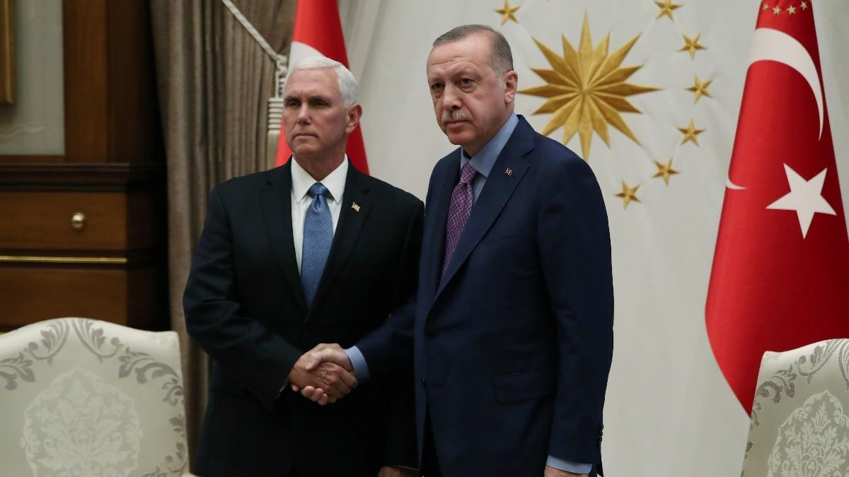 Turkey agrees to pause Syria assault
