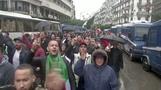 صحفيون ينضمون لمظاهرات الجزائر ضد الانتخابات المرتقبة