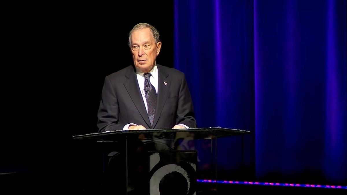 """Bloomberg makes bombshell apology for """"stop and frisk"""""""