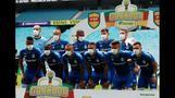 ブラジルのサッカーチーム、試合決行に抗議しマスク姿でプレー(字幕・16日)