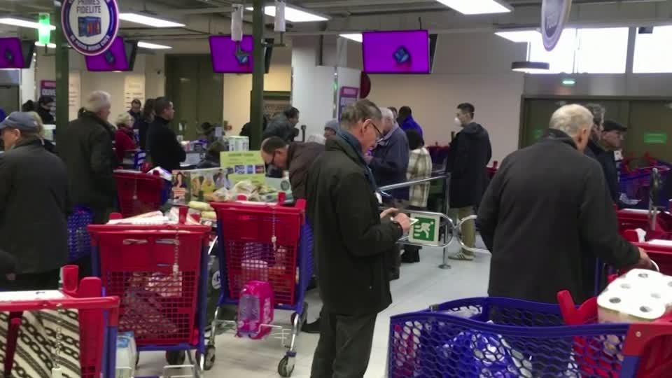 Record sales, restive staff: supermarkets battle virus challenge