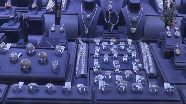 ニューヨークで今、高額ダイヤモンドが売れる背景は