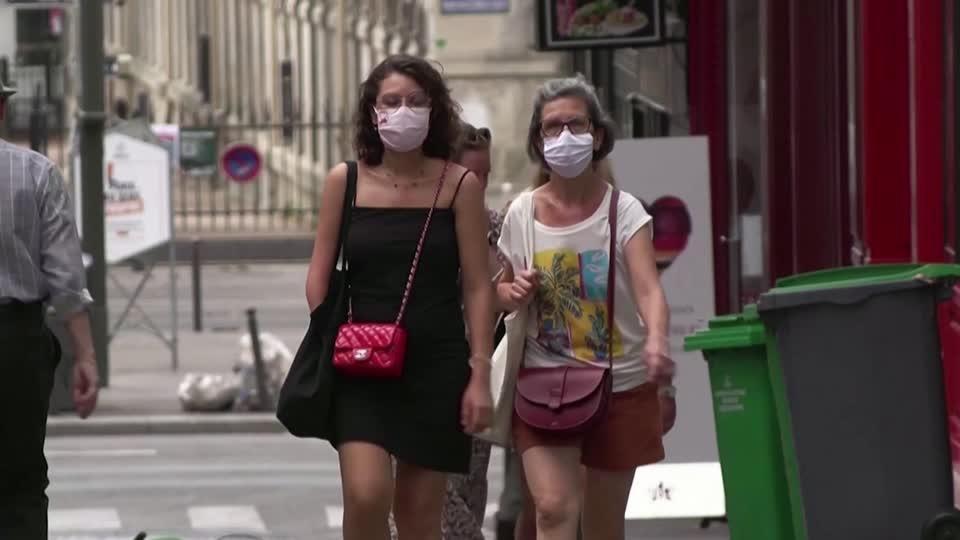 Masks mandatory in some outdoor Paris zones