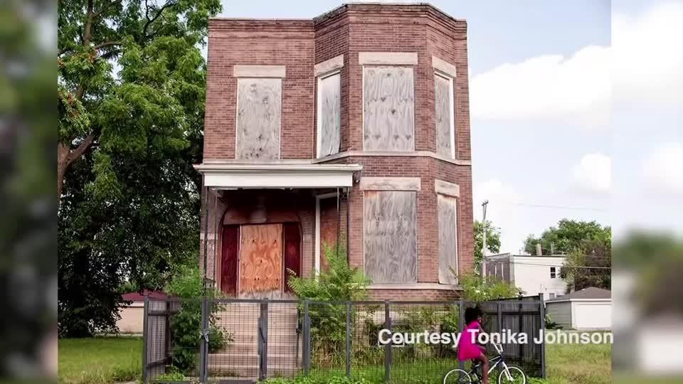 Chicago artist tackles urban segregation