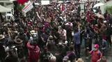 أكبر مظاهرة في تايلاند منذ سنوات احتجاجا على الحكومة والملكية